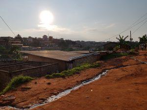 scorcio di un quartiere di Yaoundé